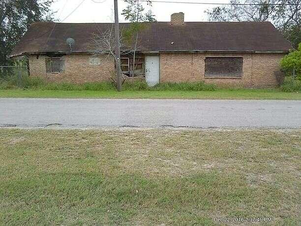 South Gardenia Avenue, Mathis, TX 78368