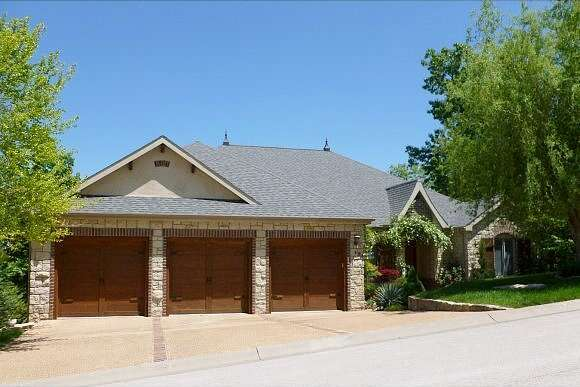 Woodhaven, Hollister, MO 65672