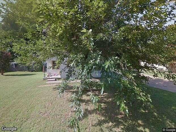 Magnolia, Burkburnett, TX 76354
