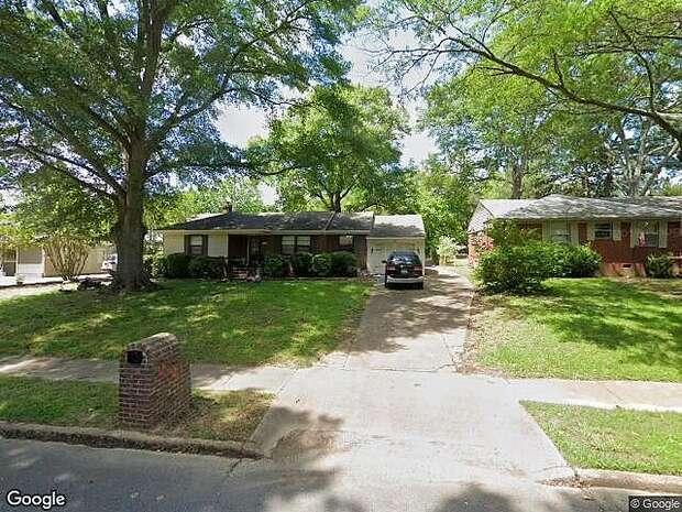 Laurie, Memphis, TN 38120