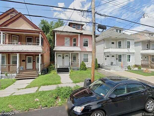 Division St, Schenectady,, NY 12304
