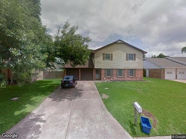 N Yorktown Ct, League City,, TX 77573