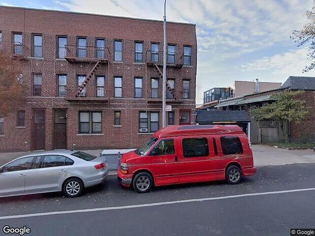 18Th Ave, Brooklyn, NY 11214