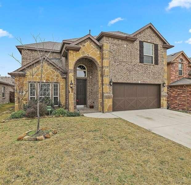Scarlet Crown, Fort Worth, TX 76177