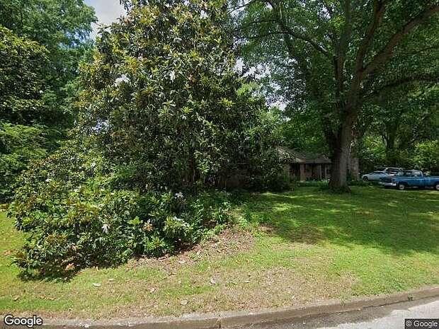 Walnut Grove, Memphis, TN 38117